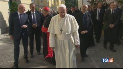 Papa Francesco a Napoli per un convegno