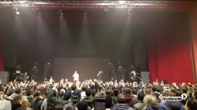 Momenti di panico al concerto