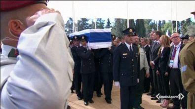 I grandi per l'addio a Peres