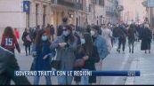 Breaking News delle 21.30 | Governo tratta con le regioni