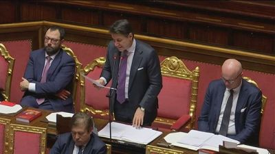 Fondi Ue, troppi paletti 5 Stelle, Conte deve rinviare la decisione