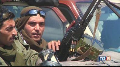 Haftar non si ferma, mediazione francese