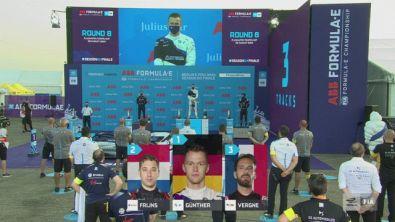 Che festa sul podio di Berlino-3