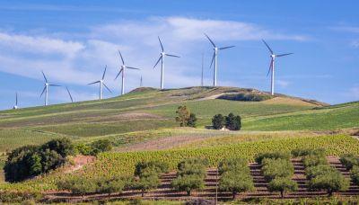 La prima guida turistica dedicata ai parchi eolici italiani
