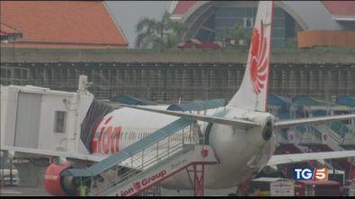 Boeing 737 in mare, un italiano tra le vittime