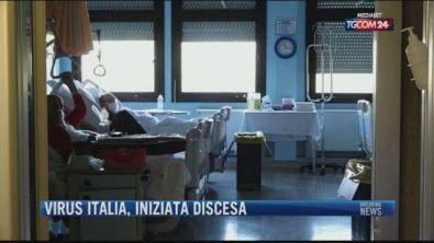 Breaking News delle 21.30 | Virus italia, iniziata discesa