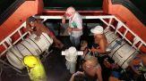 Incendi: 150 persone evacuate via da mare a Catania