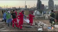 Beirut è in ginocchio, caccia ai responsabili