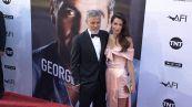 George Clooney insegna ai figli a scioccare la madre