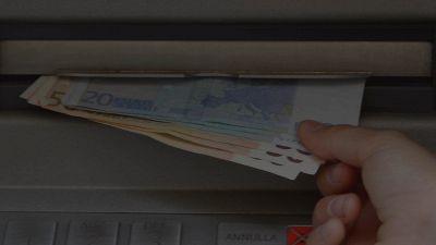 Bancomat, come cambiano le commissioni: i probabili aumenti