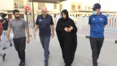 Doha, la sede dei prossimi Mondiali ospita i rifugiati afghani: la visita di Gianni Infantino