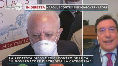 Napoli, scontro medici-Governatore