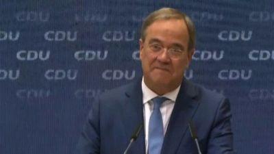 """Elezioni Germania, Laschet presenta il suo """"programma immediato"""""""