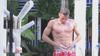 La doccia di Gennaro