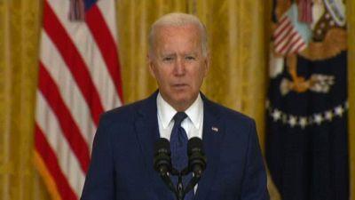 Afghanistan, strage a Kabul. Biden commosso: non perdoneremo