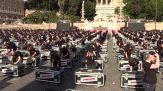 """Mille bauli a piazza del Popolo: """"Governo, ora ci vedi?"""""""