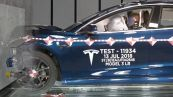 Il laboratorio dei crash test di Tesla