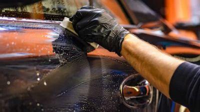 I rimedi naturali e fai da te per pulire l'auto