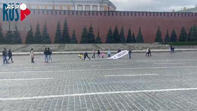 Russia, arresti durante la manifestazione per Navalny nella Piazza Rossa