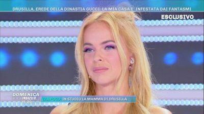 """Drusilla Gucci: """"La mia casa è infestata dai fantasmi"""""""