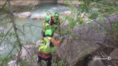 Selfie in gita, muoiono nel fiume