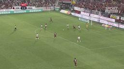 Iniesta-gol: lo stadio impazzisce