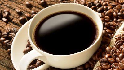 Bevi troppi caffè? Ecco cosa accade al tuo cervello