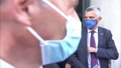 Draghi accoglie gli Azzurri al portone di Palazzo Chigi