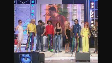 """I Cugini di Campagna e i ragazzi del Grande Fratello 2003 cantano """"Anima Mia"""""""
