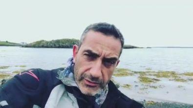 """Viviani in Islanda contro la pedofilia: """"Mi sono preso la febbre!"""""""