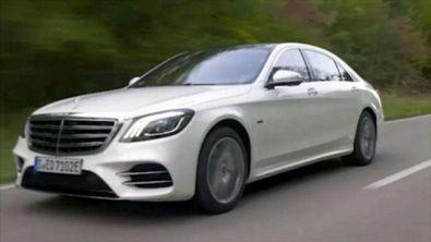 Mercedes 560 S, i benefici diesel/elettrico