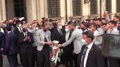 Europei, la Nazionale arriva a Palazzo Chigi tra le urla dei tifosi