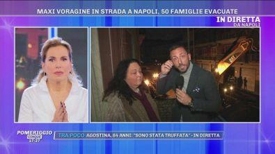 Napoli: maxi voragine in strada