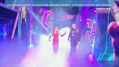 Cambio look choc di oggi con Eleonora Giorgi