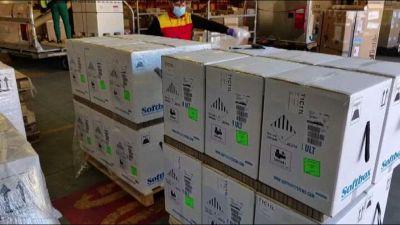 Vaccini, 1,5 milioni di dosi Pfizer in consegna alle regioni