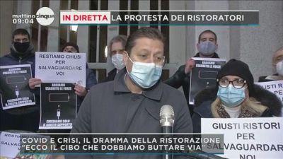 Crisi e Covid, la protesta dei ristoratori