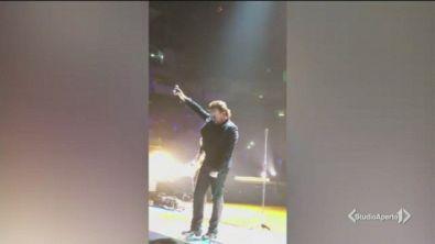 Problemi di voce per Bono