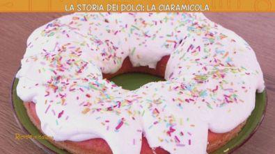 La storia dei dolci: la ciaramicola