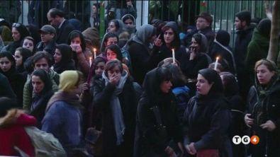 Gli studenti in piazza contro gli Ayatollah