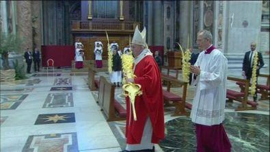 Il Papa celebra la Domenica delle Palme