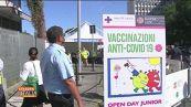 Vaccini ai giovanissimi, è polemica