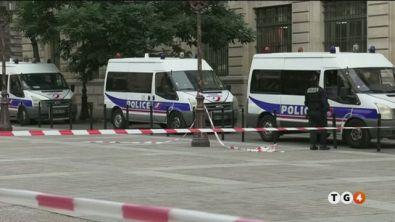 La strage a Parigi, pista terroristica
