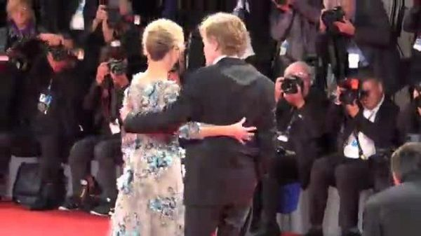 Venezia74, Jane Fonda e Robert Redford illuminano il red carpet