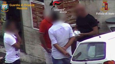 Mafia, estorsioni e droga a Messina: 33 misure cautelari