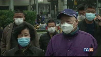 Il mondo trema la Cina respira