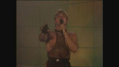 """Den Harrow canta """"Holiday Night"""" a Superclassifica Show 1989"""