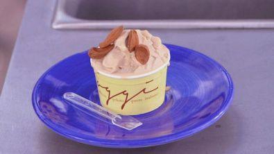 Il gelato alla mandorla senza lattosio