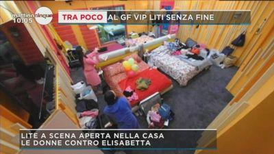 GF Vip: le donne attaccano Elisabetta
