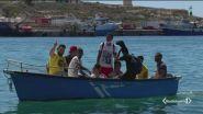 Lampedusa invasa dai migranti