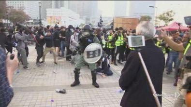 Hong Kong senza pace